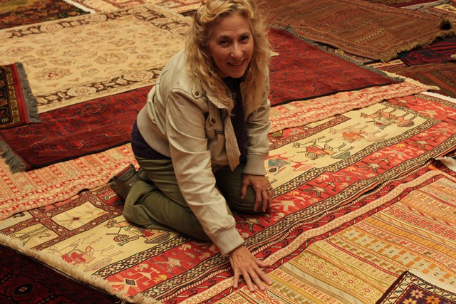 Kurdish kilims Persian carpets for sale